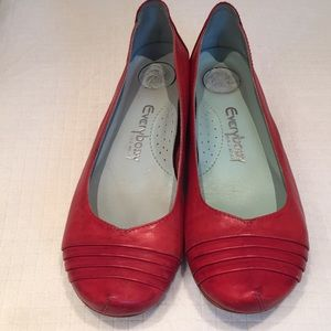 Everybody by B.Z. Moda red leather flats
